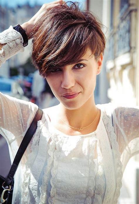 cute short hairstyles  bangs  popular haircuts