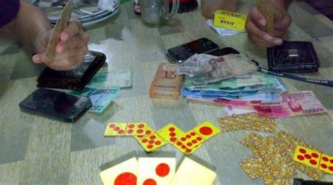 menggunakan trik menang puluhan juta bermain judi kartu portal pkv games