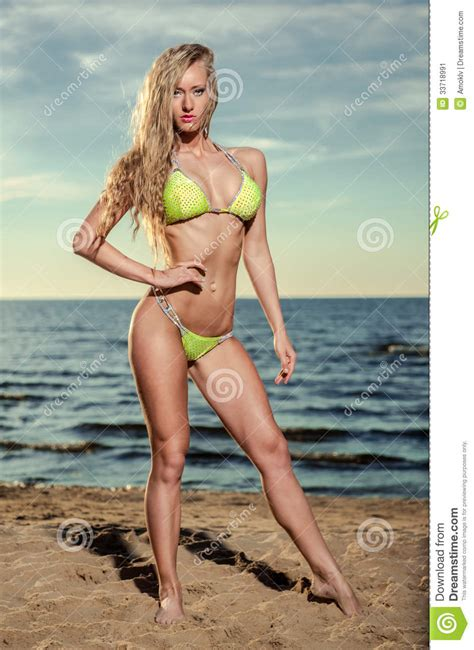 pubic hair on beach female pubic hair at the beach hairstylegalleries com