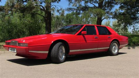 1984 aston martin lagonda 1984 aston martin lagonda photos informations articles
