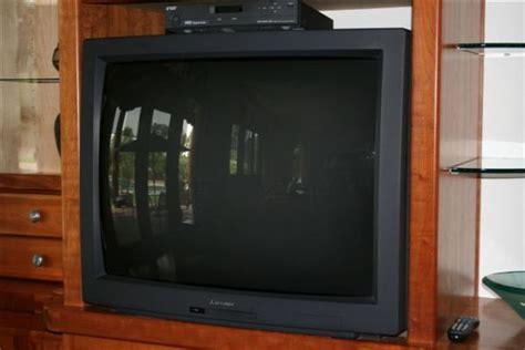 L For Mitsubishi Tv by 51a Mitsubishi 40 Quot Crt Tv Lot 51a
