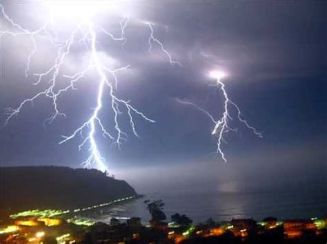 imagenes sorprendentes de tormentas tormentas de rayos imagenes youtube