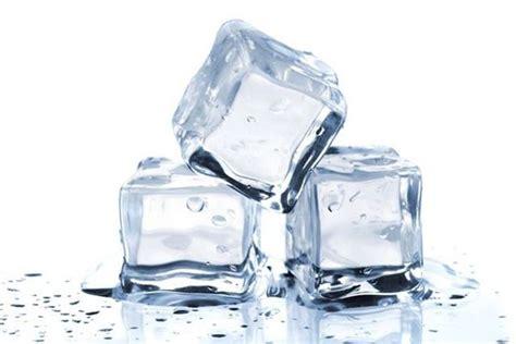 Freezer Buat Es Batu inilah berbagai cara mempercepat es batu membeku