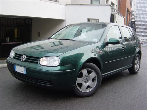 green volkswagen golf lhd volkswagen golf 02 1999 green lieu