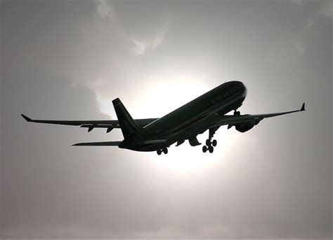 leaving   jet plane
