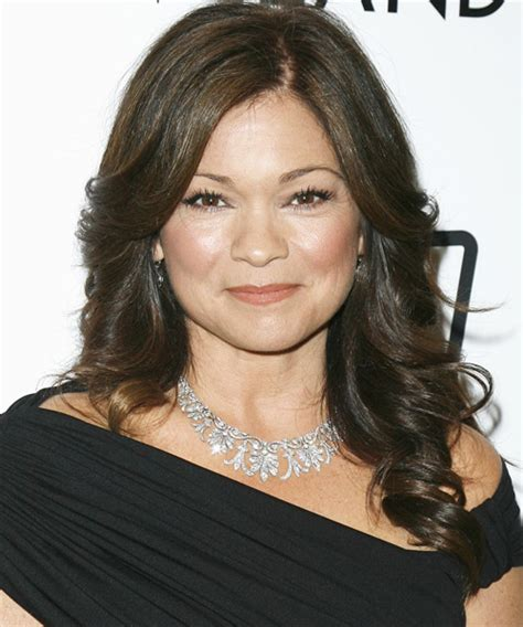 how to get valerie bertinelli current hairstyle thehairstyler com valerie bertinelli