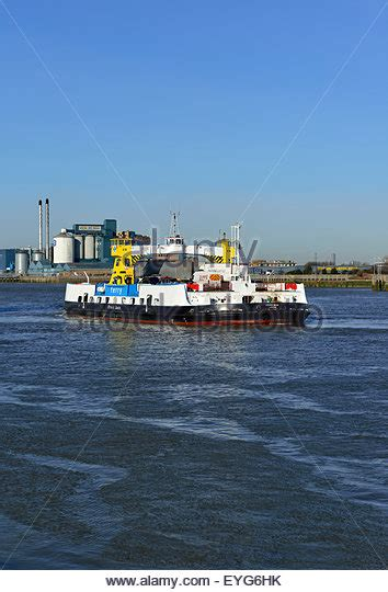 thames river ferry london free vehicle ferry stock photos free vehicle ferry stock