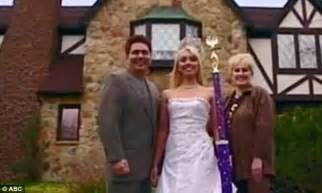 swing wife swap alicia guastaferro wife swap star 20 who admitted being