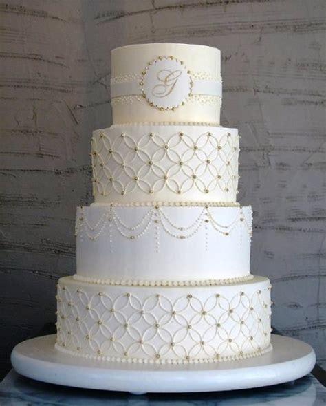 Monogram Wedding Cake by Monogrammed Wedding Cakes A Wedding Cake