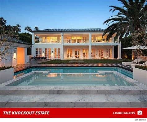 floyd mayweathers house floyd mayweather buys beverly hills mansion for 26 million tmz com