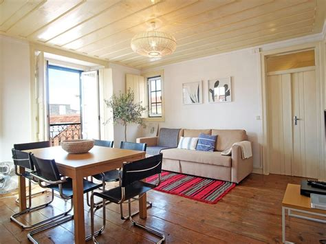 apartamentos lisboa barrio alto barrio alto luminoso apartamento en lisboa coraz 211 n homeaway