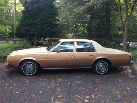 small engine maintenance and repair 1977 chevrolet caprice electronic throttle control seller of classic cars 1978 chevrolet impala gold tan camel