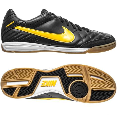Sepatu Futsal Kulit Ndr 07 sepatu futsal black tiempo legend iv
