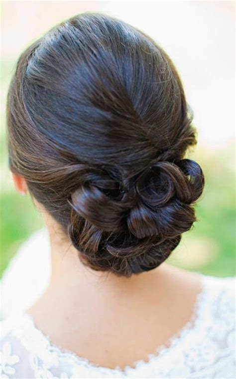 low hair on head wedding hair low bun re pin if you like via ellesilk com