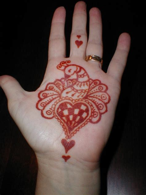henna heart tattoo designs henna tatoo designs design