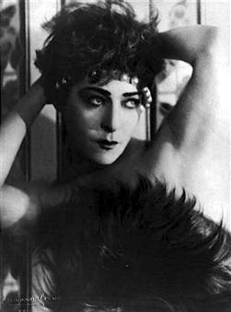 Alla Nazimova Society » Alla Nazimova with pearl headband