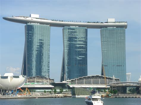 boat building singapore catchy pictures marina bay sands singapore