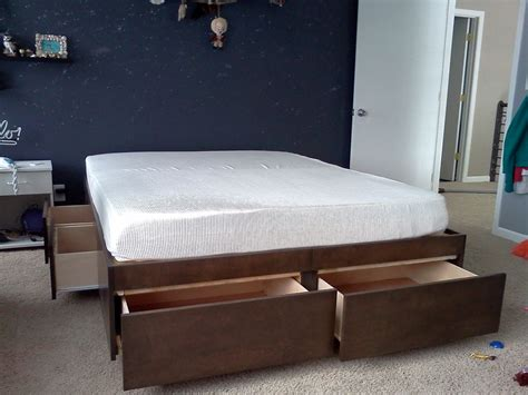 Build Platform Bed With Drawers by Diy Size Platform Bed With Storage Drawers Plans