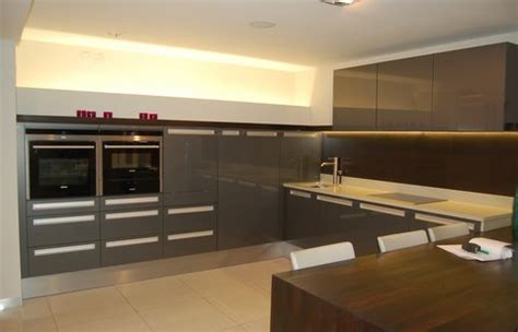 gloss grey ex display kitchen units with appliances ebay ex display alno lux grey gloss kitchen composite worktops