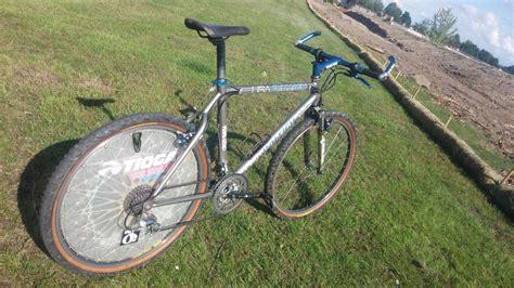 mtb cycling throwback thursday john tomac s 1994 95 raleigh technium