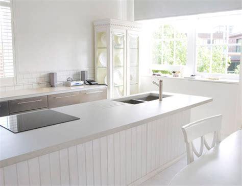 Minimalist White Beige Bright Interior Decoration French