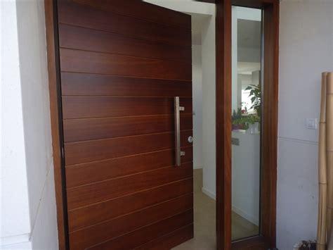 malaz 2 las puertas puertas de entrada de madera thisan