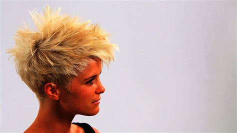 short hair cuts with a spike on it how to style short punk hair short hairstyles youtube