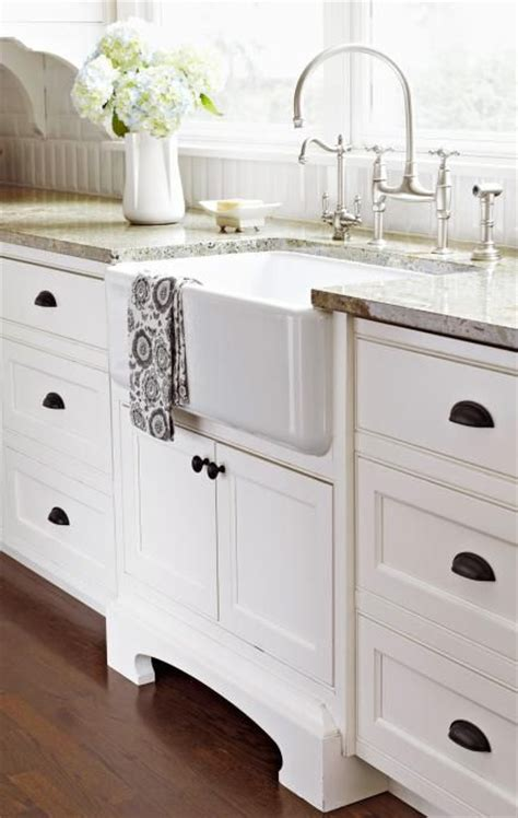 Kitchen Sinks Chicago House Tour Stylish Chicago Colonial Faucets Style And Cabinets