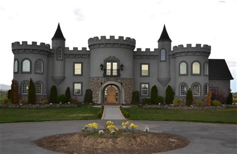 castle homes i want to live here this castle house in kuna id for