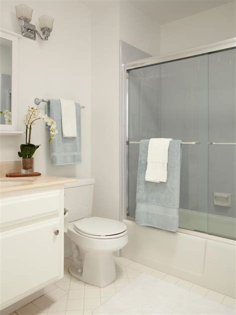 Hgtv Bathroom Decorating Ideas Photos Hgtv