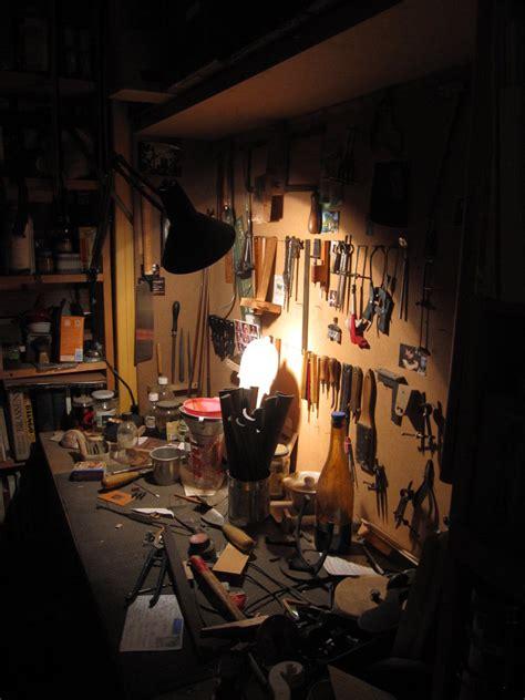 werkstatt wallpaper workshop of luthier by tohrnoriac on deviantart