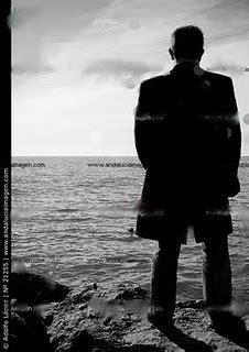 Poesía Rafael Deliso: Hombre de espalda..
