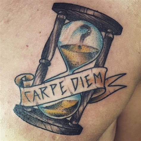 carpe diem tattoo designs carpe diem chic tattoos tattoos