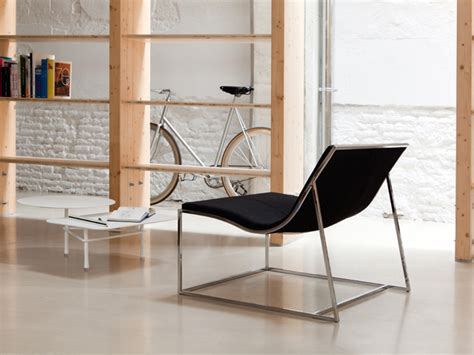 comfort furniture hub holy day extra comfort armchair by viccarbe hub
