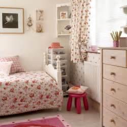 Floral Bedroom Ideas girls bedroom decorating ideas pretty floral scheme girls bedroom jpg