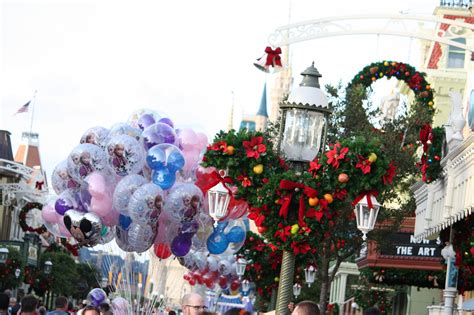 how disney decorates for christmas holidays la times
