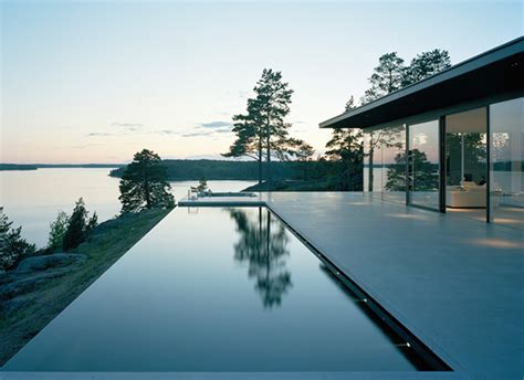 Vila Outer Set overby villa holidays for summer by robert nilsson