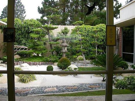 imagenes jardines interiores casas jardines interiores fotos presupuesto e imagenes