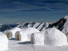igloos and the tiny houses of the inuit culture