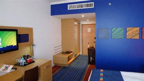 what to do on yas island park inn by radisson room 625 picture of park inn by radisson abu dhabi yas