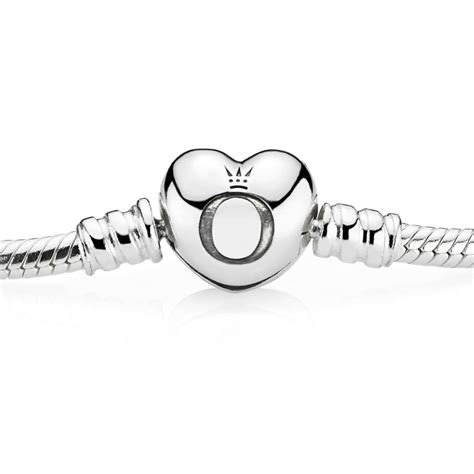 Moments Smooth Silver Clasp Bracelet P 68 moments silver bracelet with clasp pandora uk pandora e
