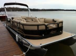 Bentley Pontoon Boat Pontoon Rentals Lake Norman Aquaventure Rentals Lake