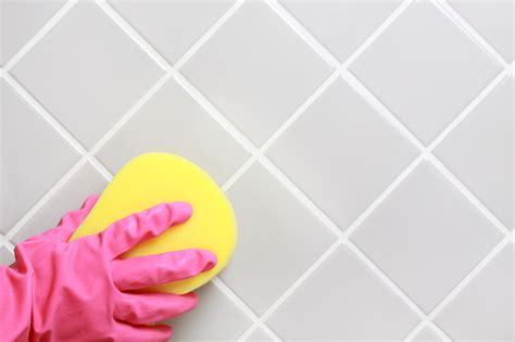 Badezimmer Fliesen Fugen Sauber Machen by Fugen Sauber Machen 187 Es Geht Auch Ohne Chemie