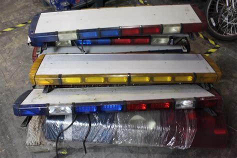 whelen light bar parts whelen liberty ltl code3 light bars 8 items property room