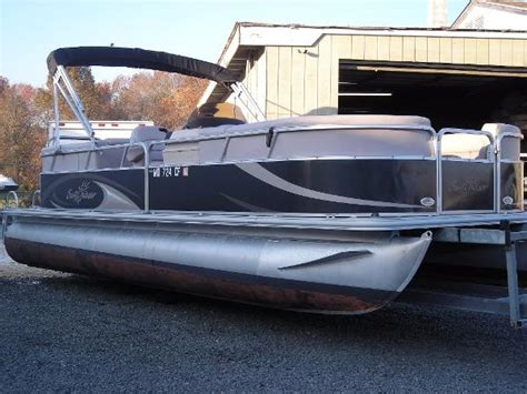 sunchaser pontoon boat prices sun chaser pontoon boats for sale