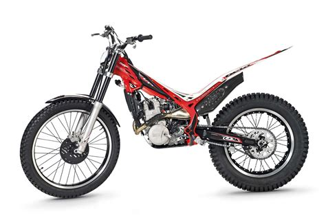 Motorrad News 4 2015 by Ducati