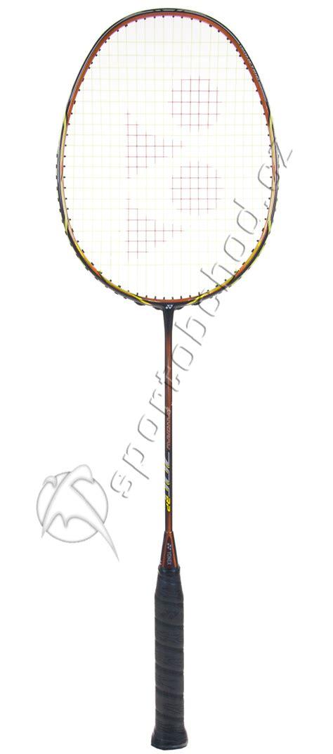 Raket Yonex Nanoray 700 Rp badmintonov 225 raketa yonex nanoray 700 rp orange 180 12 sportobchod cz