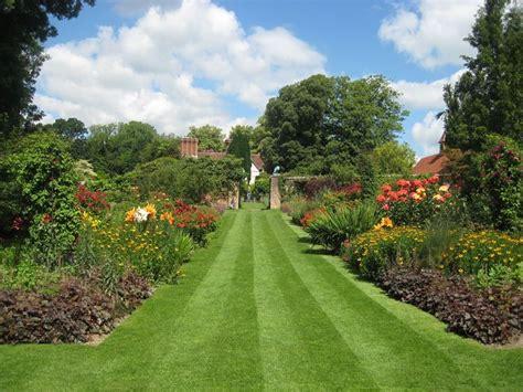 giardini inglesi giardino all inglese progettazione giardini giardino