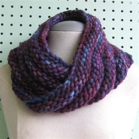 free cowl knitting patterns with bulky yarn bulky mobius cowl pattern free knit o matic