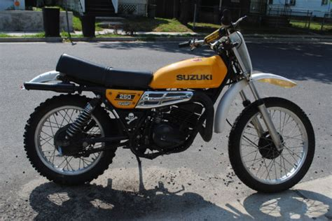 suzuki ts250 ts 250 two stroke enduro vintage racing ahrma